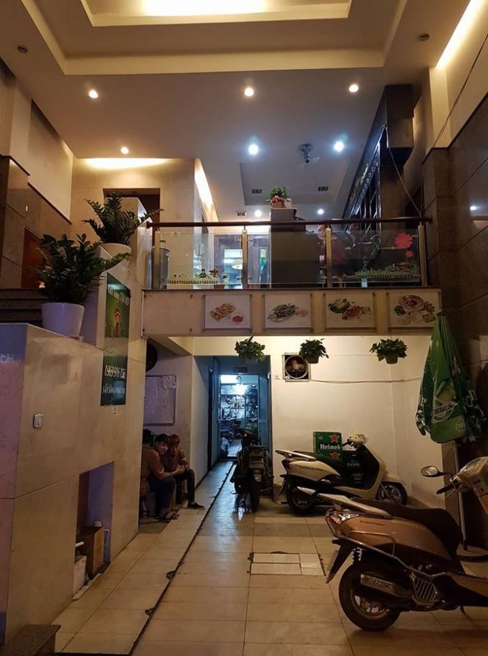 Siêu đẹp, bán nhà mặt phố Bùi Thị Xuân quận Hai Bà Trưng, Hà Nội.