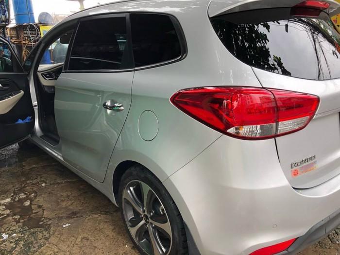 Cần bán Rondo 2018 số tự động máy dầu, màu bạc 6