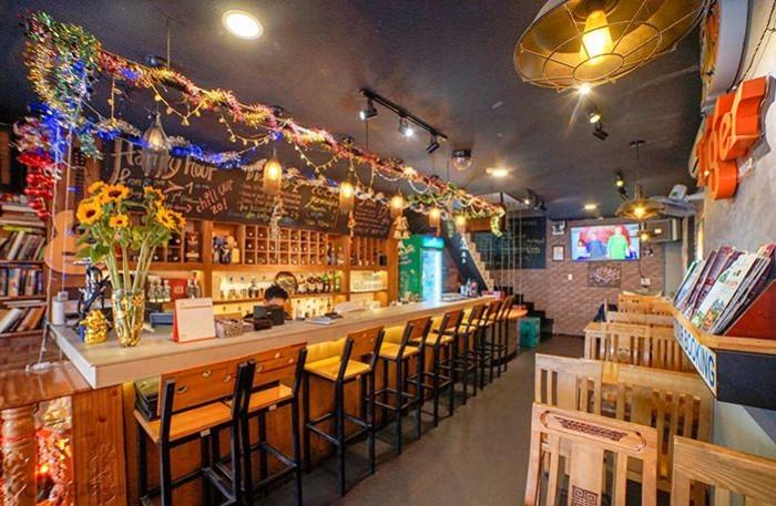 Buffet Hải Sản Nướng Lẩu HCM Nhà hàng Saigon Marvel Hostel giá rẻ23