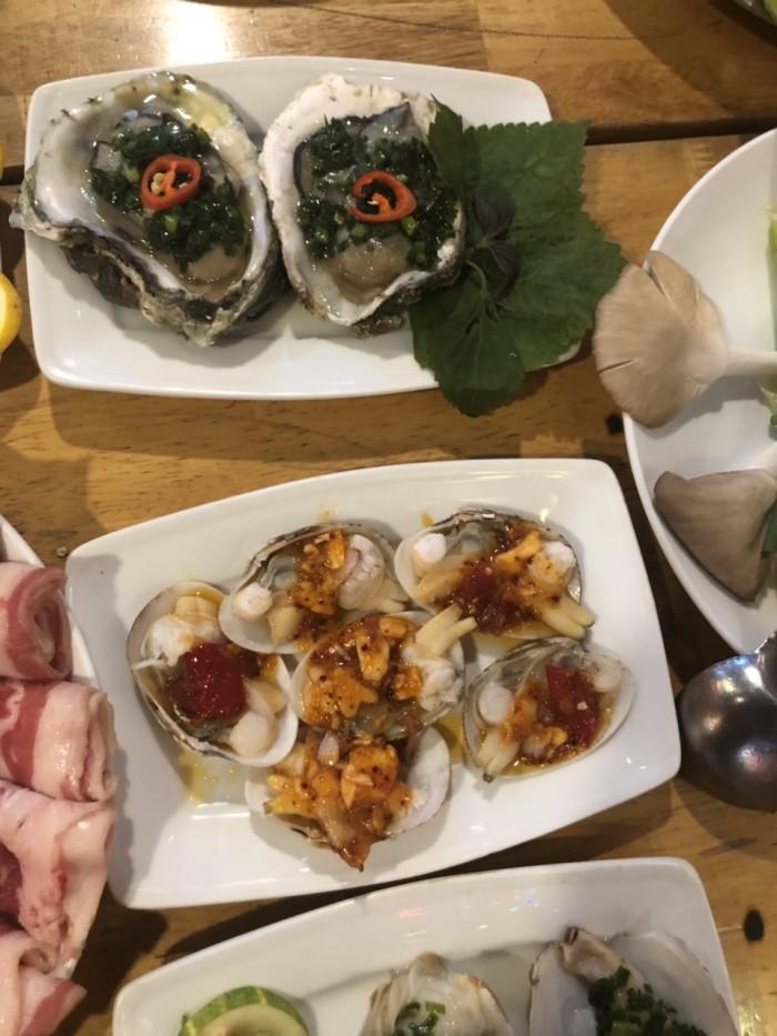 Buffet Hải Sản Nướng Lẩu HCM Nhà hàng Saigon Marvel Hostel giá rẻ9