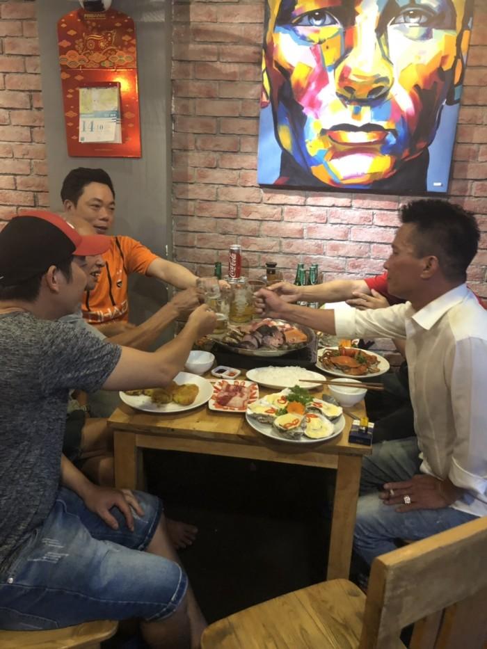 Buffet Hải Sản Nướng Lẩu HCM Nhà hàng Saigon Marvel Hostel giá rẻ4