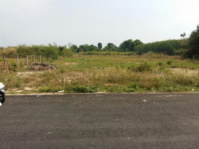 Đất lớn xây kho, làm xưởng mt DX091 cách QL 13 200m.