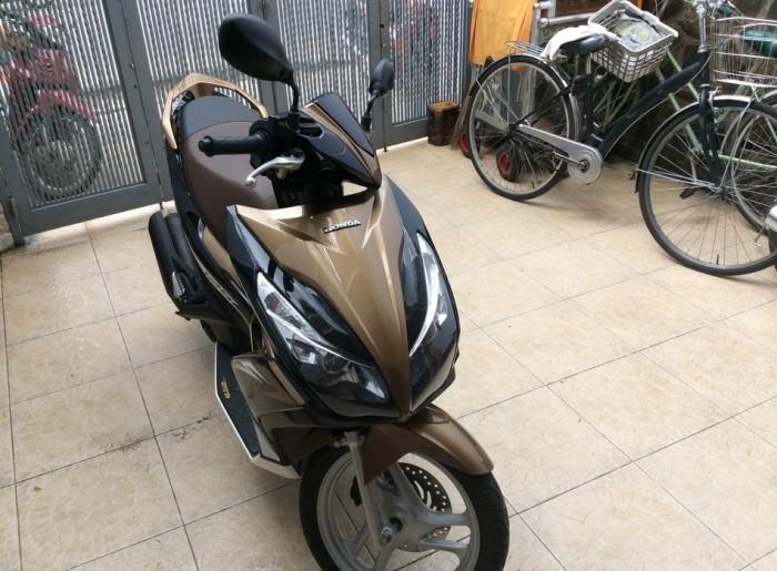 Honda Air Blade fi 125cc vàng đen sport , đăng kí đầu 2014, biển 5 TPHCM