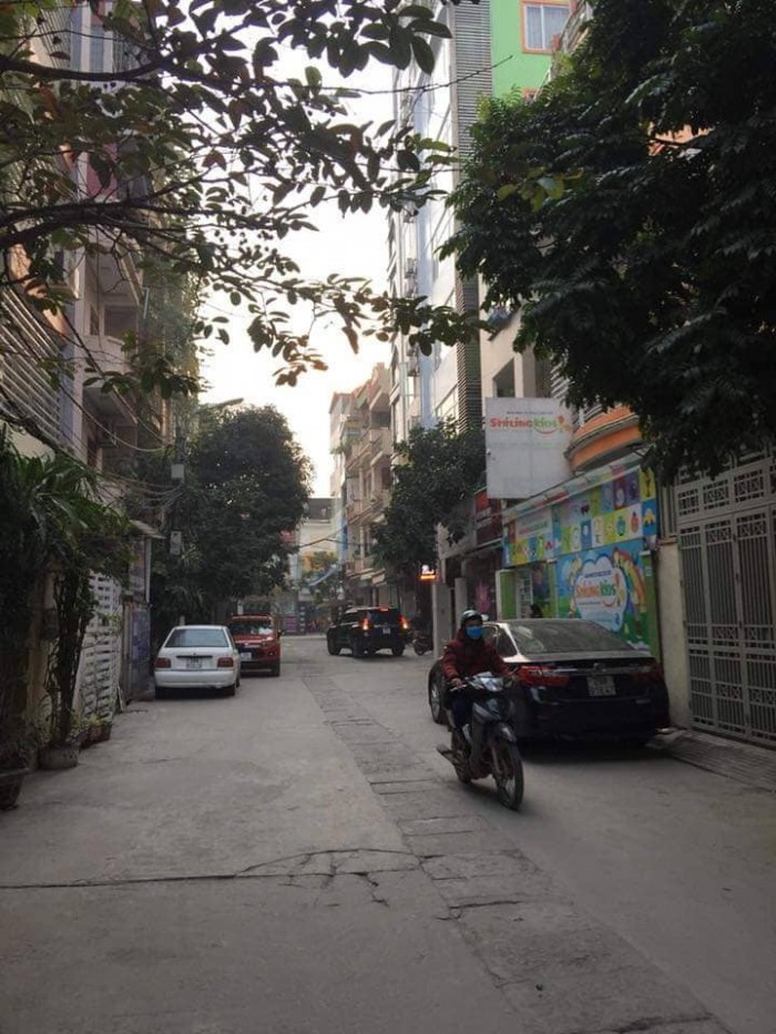 Bán nhà kinh doanh, VP Cty, Ô Tô, Nguyễn Xiển, 50m.