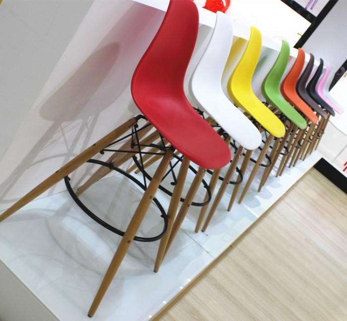 Bàn ghế mặt nhựa chân gổ cafe giá rẻ tại xưởng sản xuất HGH 8000