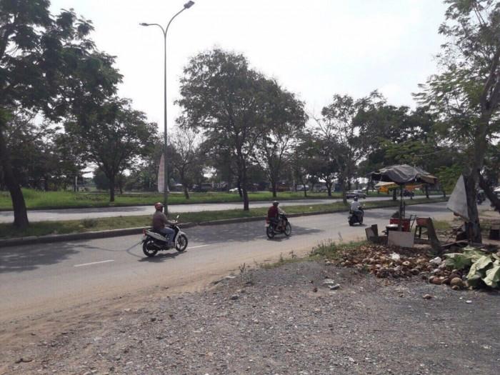 Bán đất giá rẻ mặt tiền đường Nguyễn Văn Linh 70m