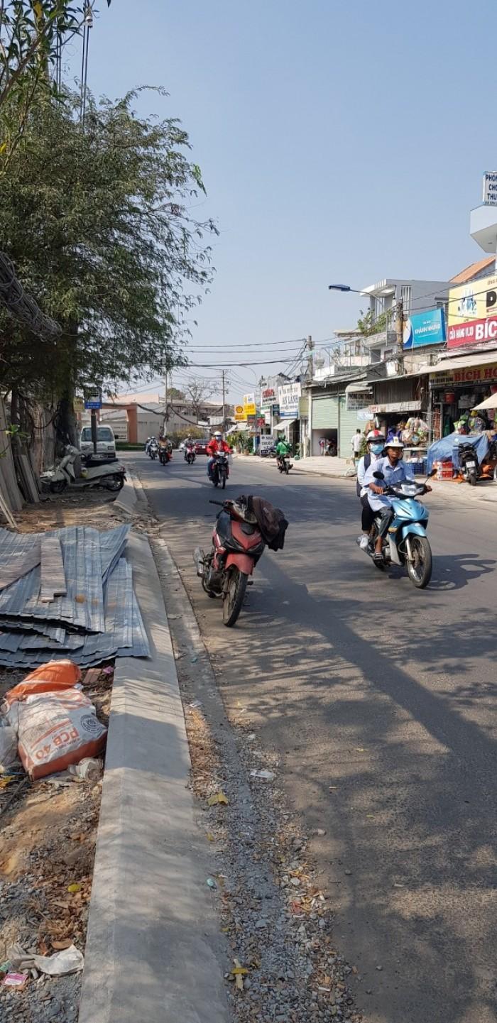 Bán nhà c4 mặt tiền đường Tăng Nhơn Phú , q9