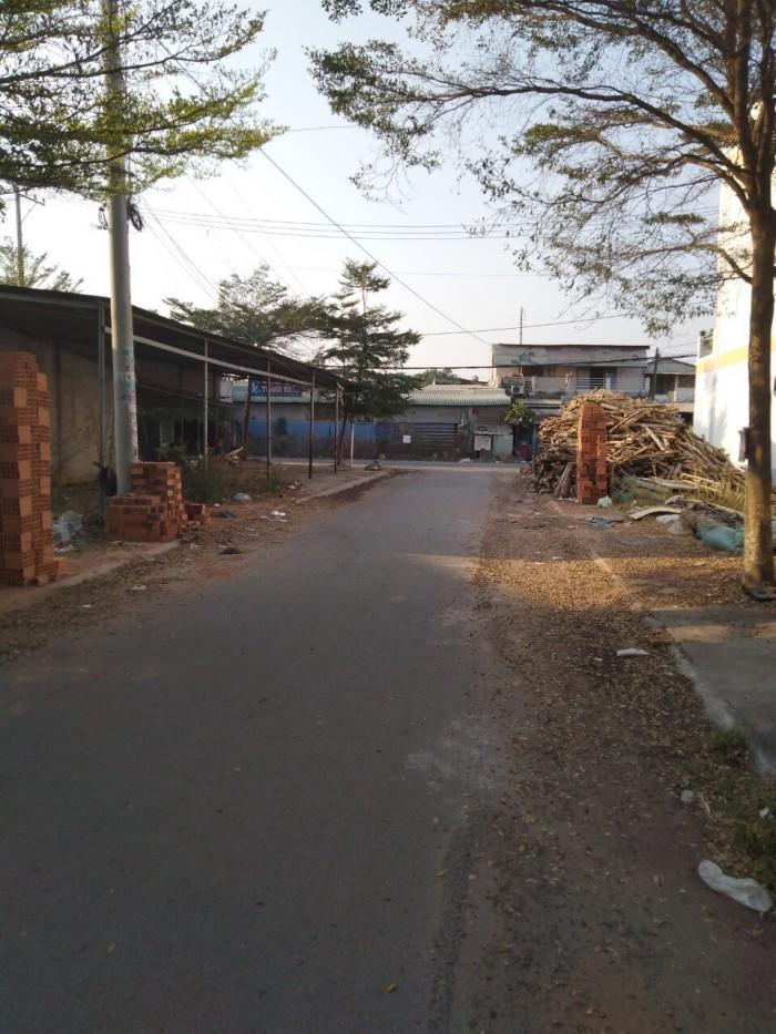 Bán đất mt đường Lê Thị Kim 5x18, chính chủ
