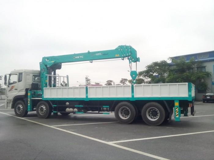 Xe tải Dongfeng 4 chân gắn cẩu hktc 10 tấn