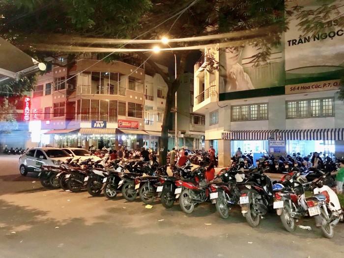 Chính chủ bán tầng trệt chung cư A3 Phan Xích Long