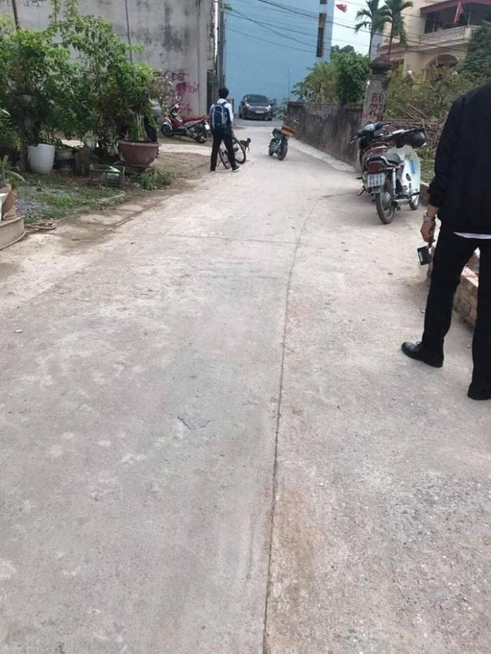 Đất Phố Trạm, Long Biên, 48m2 Ô Tô Vào Nhà.