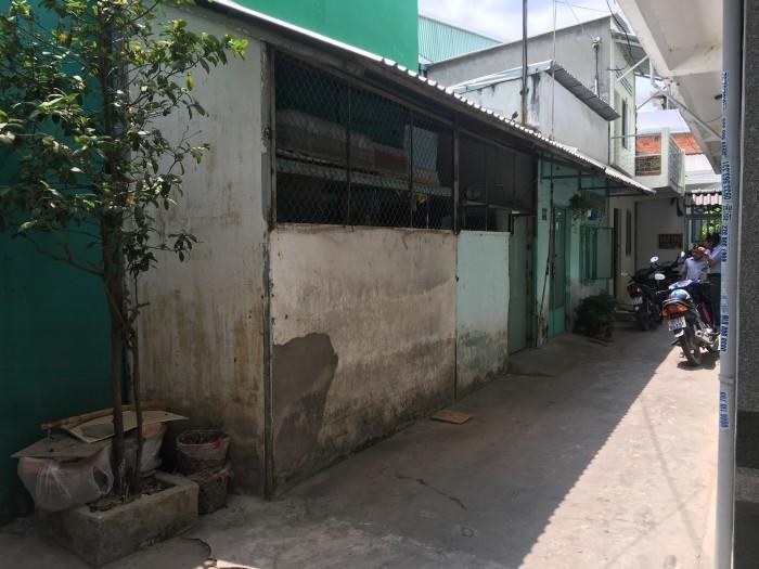 Bán nhà 1 trệt 1 gác lửng giá rẻ đường 30/4 quận Ninh Kiều tp Cần Thơ