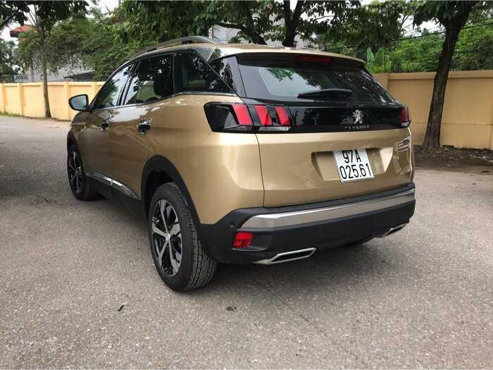 Giá xe Peugeot 3008 Vàng Kim về Peugeot Lào Cai 2019