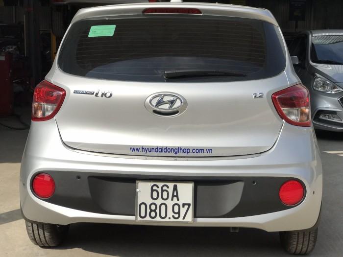 Bán Hyundai Grand i10 1.2AT 5 cửa màu bạc số tự động sản xuất 2018 đi 7800 km 7