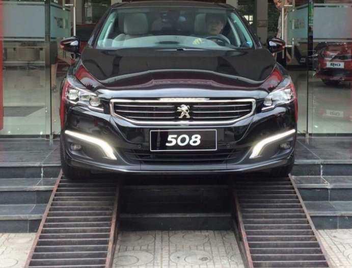 Giá xe Peugeot 508 nhập khẩu 2019 về Thái nguyên