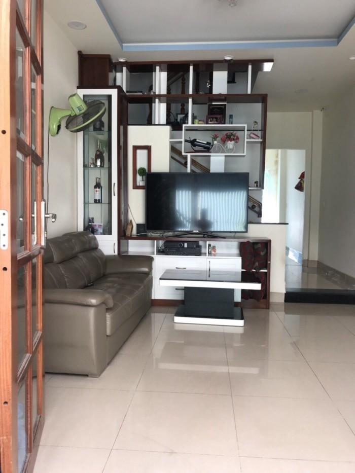 Bán Nhà mới xây hẻm 588 Huỳnh Tấn Phát
