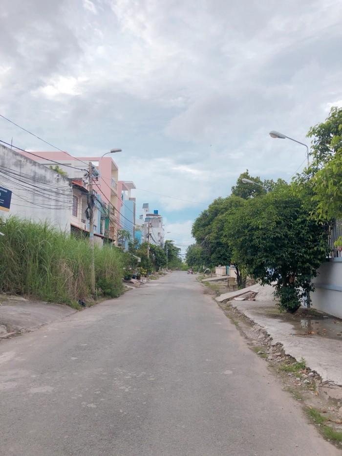 Bán đất mặt tiền đường tỉnh lộ 10,sổ hồng riêng