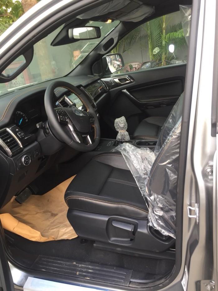 Ford Ranger giá ưu đãi giao xe ngay 2