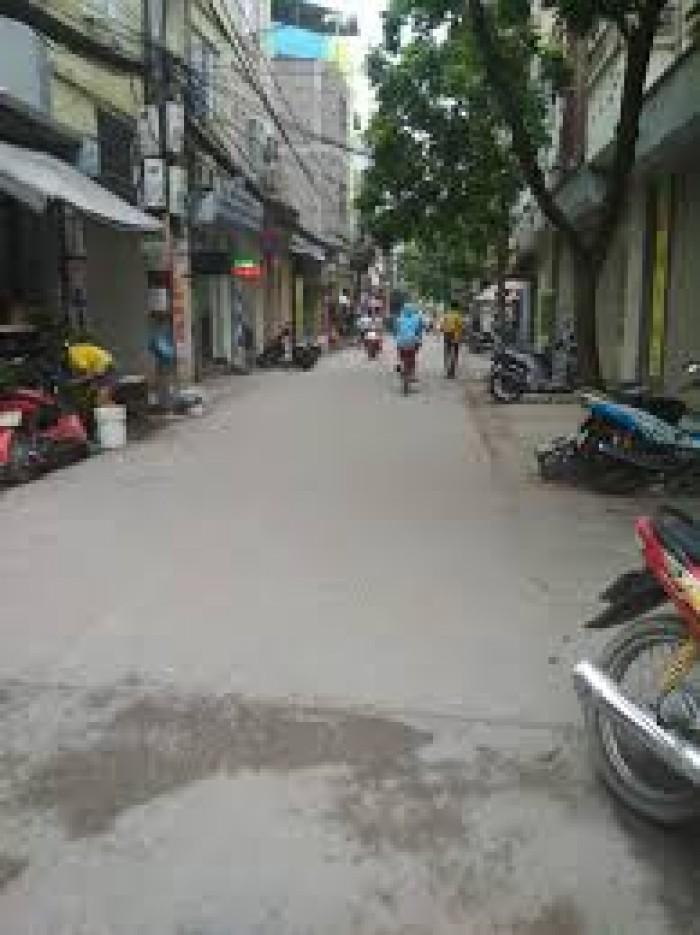 Bán đất trục chính Cửu Việt 1, Trâu Quỳ. DT:33m2 , MT:3.5m .