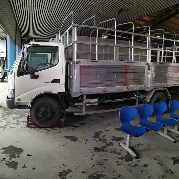 Hino Dutro XZU 352L . 7,5 tấn euro 4 2018