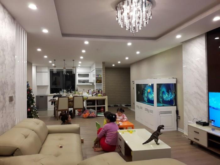 Bán nhà ở MT Cộng Hòa Q.Tân Bình, DT 115m2