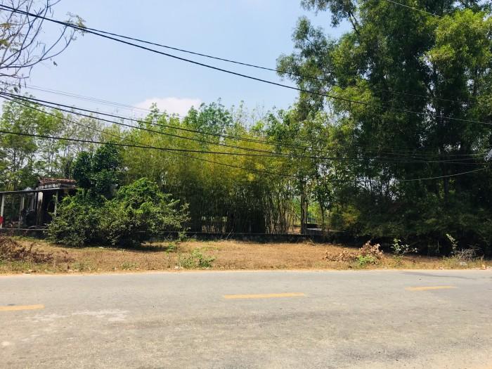 Đất mặt tiền đường Gót Chàng – xã Nhuận Đức 105m2 sổ hồng riêng.
