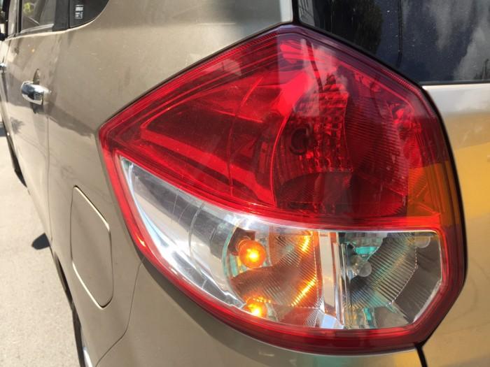 Dư xe cần bán Suzuki eartiga 2016, số tự động, vàng cát, nhập khẩu