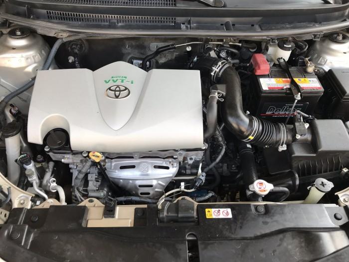 Bán Toyota Vios E 1.5MT màu vàng cát số sàn sản xuất cuối 2016 mẫu mới máy trắng 6