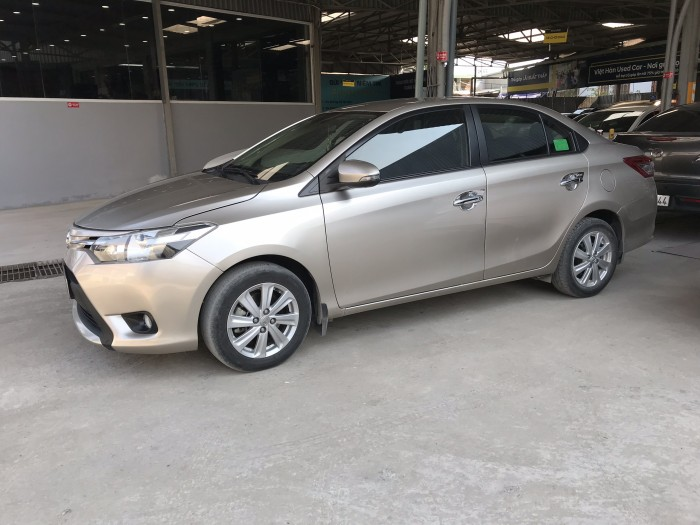 Bán Toyota Vios E 1.5MT màu vàng cát số sàn sản xuất cuối 2016 mẫu mới máy trắng 3