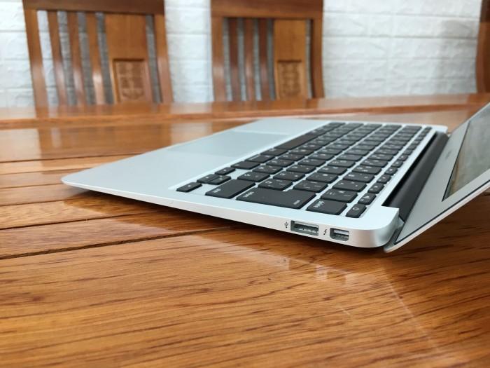 Macbook Air 11 inch 2015 Core i5 Ram 4Gb SSD 128GB6