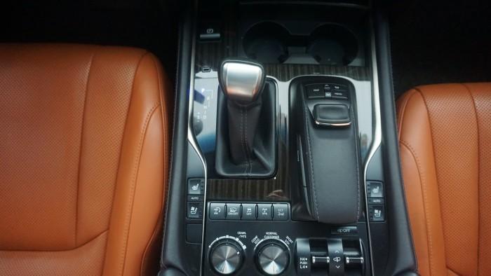 MT AUTO 88 TỐ HỮU Bán xe Lexus LX 570 năm sản xuất 2015, màu đen, nhập khẩu chính hãng 12