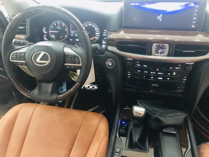 Bán lexus Lx570 super Sport 2019,phiên bản cao cấp nhất ,màu đen,full option,xe và giấy tờ giao ngay.