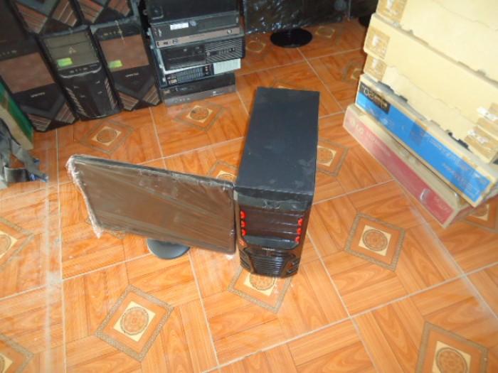 Bộ máy tính bàn h61card rời và màn 20in2