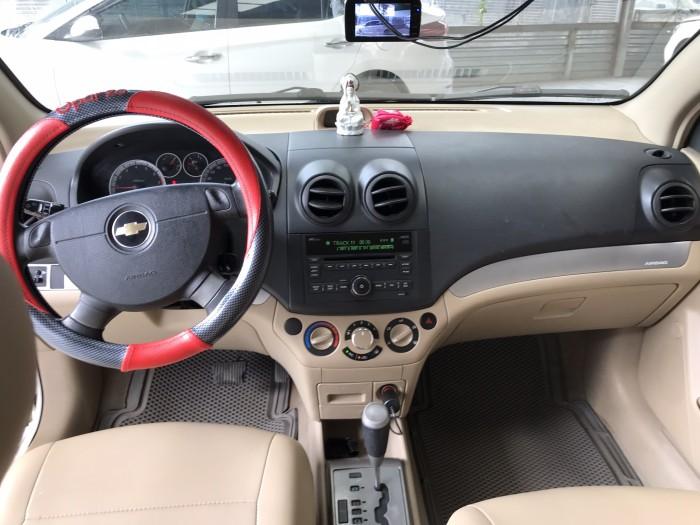 Bán Chevrolet Aveo LTZ 1.5AT màu trắng số tự động sản xuất 2014 biển Sài Gòn đi 57000km