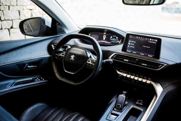 Bảng giá xe Peugeot 5008 New 2019 Khuyến mãi hấp dẫn tháng 3/2019