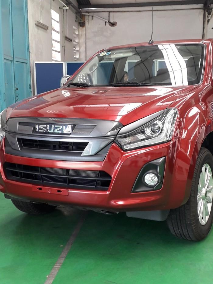 Isuzu Việt Nam giảm giá xe D-Max pick up trong tháng 3 - 100 triệu