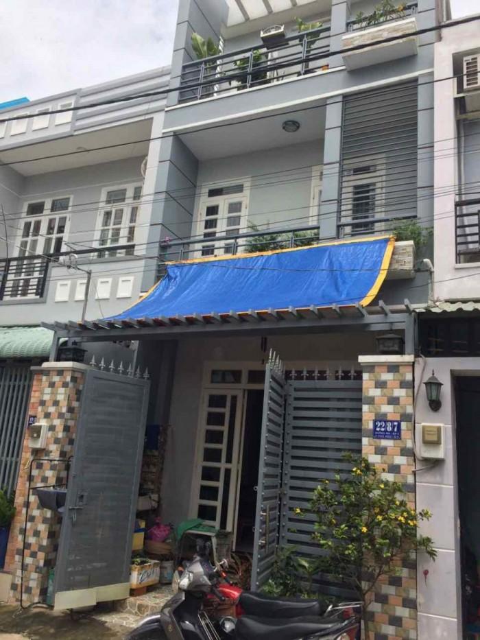 Bán gắp  nhà Q5 đường Cao Đạt giá 1.5ty DT 136m2