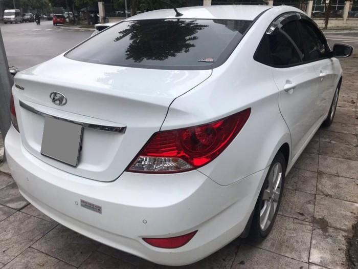 Hyundai Accent sản xuất năm 2012 Số tay (số sàn) Động cơ Xăng