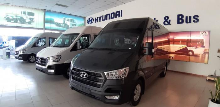 Giá xe 16 chỗ Hyundai Solati 2019 - Tặng kèm định vị GPS và phù hiệu cho khách