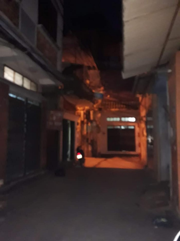 Nhà mặt phố Hoàng Mai 40m²6T Kinh Doanh đỉnh, ô tô, 3 thoáng.