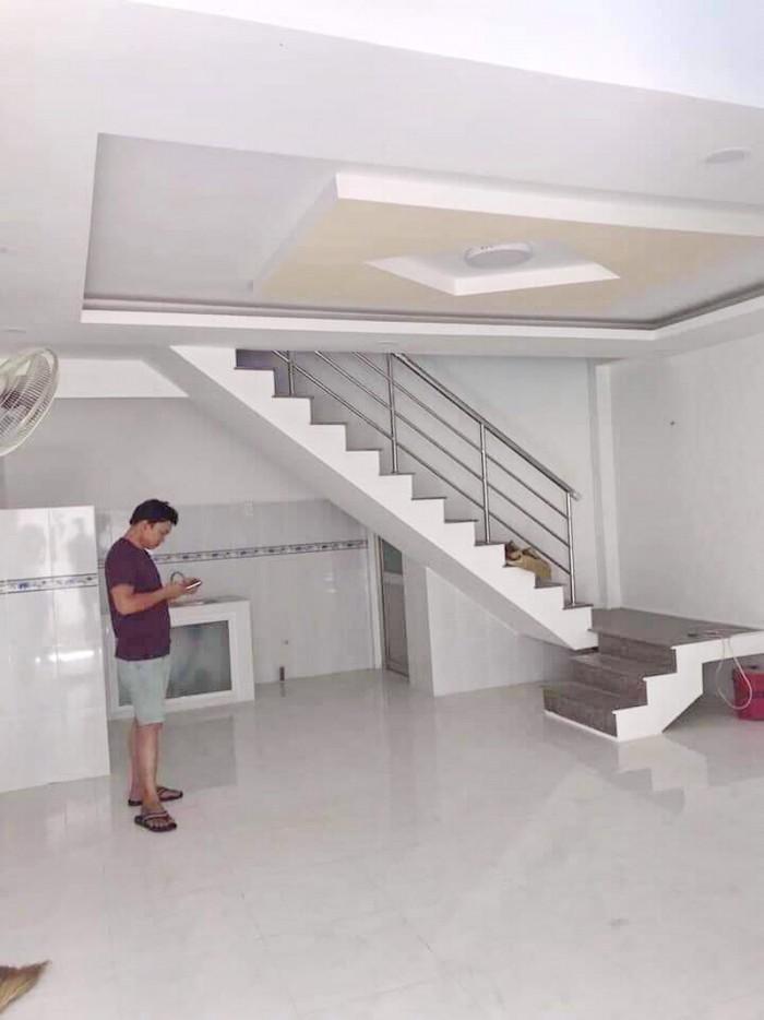 Bán nhà đẹp 1 lầu hẻm 88 Nguyễn Văn Quỳ Phường Phú Thuận Quận 7