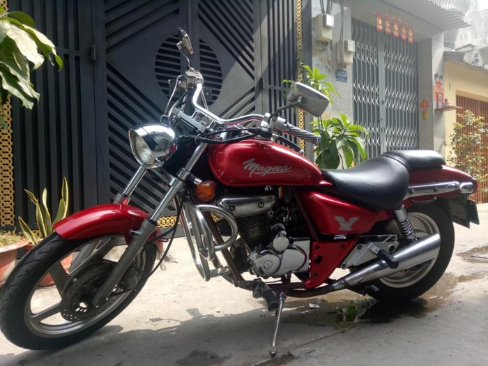 Moto Daelim Magma 125c màu đỏ bstp xe nguyên zin hàng nhập thùng nguyên chiếc ,xe máy chạy mạnh