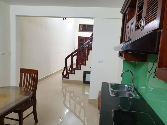 Nhà đẹp Tô Vĩnh Diện 42m/5 tầng ô tô đỗ cửa