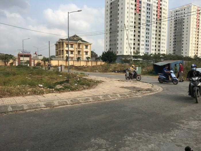 10 nền đất Tân Thới Nhất, sổ hồng riêng, 62tr/m2.