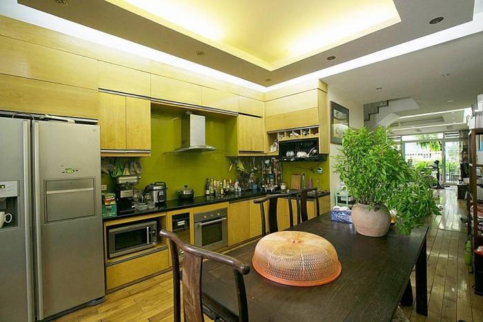 Bán nhà đẹp phố Thịnh Quang, lô góc siêu đẹp 36m2, 5 tầng, Mt 4m. Về ở ngay.