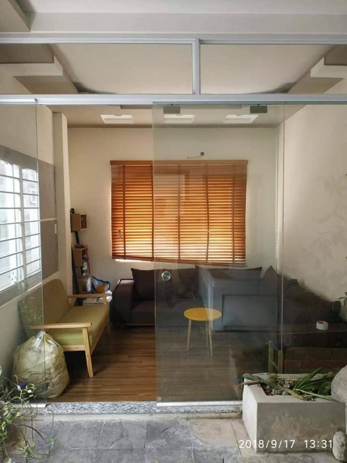 Bán nhà Thịnh Quang, có gara ô tô đỗ cửa, vị trí đắc địa, kinhdoanh spa, văn phòng , ..53m2