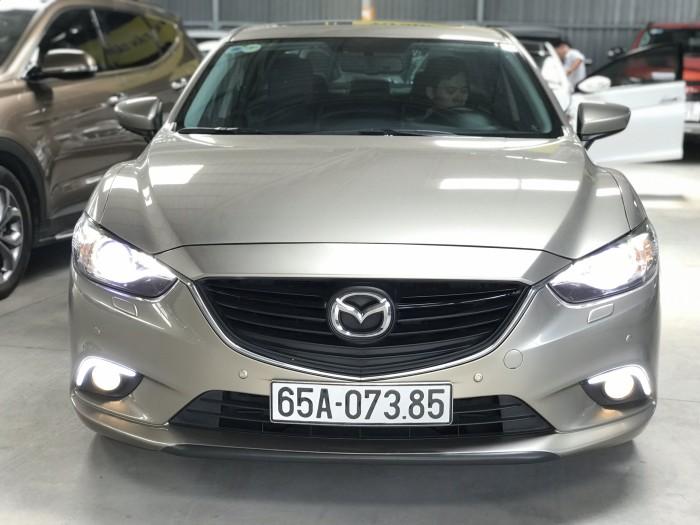Bán Mazda 6 2.5AT màu vàng cát số tự động sản xuất 2015 còn mới 90%