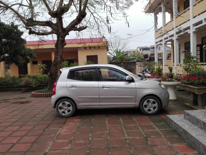Gia đình bán xe Kia Moring 8