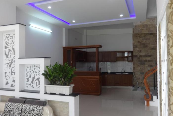 Bán nhà mới phường Cống Vị, Ba Đình. 39m2, 4 p.ngủ, gần phố