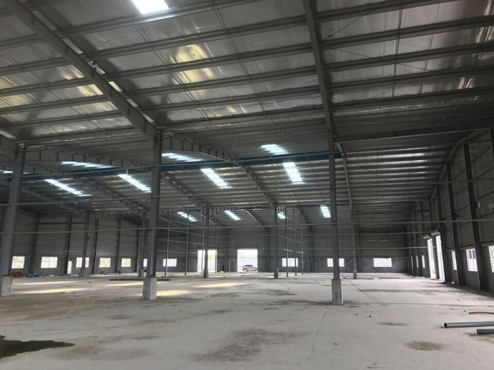 Công ty pha sản cần bán gấp 1 xưởng với DT 860m2 đường QL50